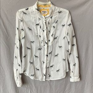 Very fun patterned lightweight button down